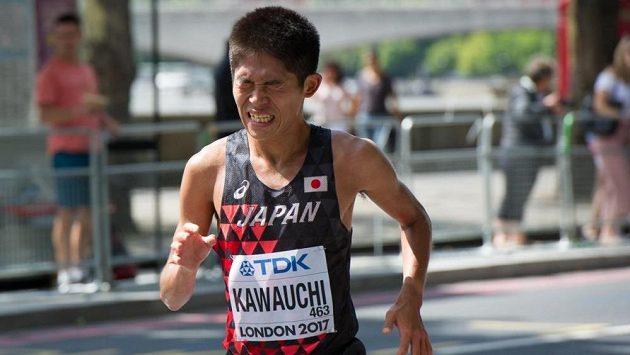 Kawauči je neskutečný dříč. Nasazení tohoto amatéra by mohlo sloužit příkladem i profesionálům.