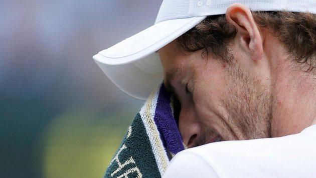 Andy Murray vynechá kvůli bolestem v kyčli i turnaj v Cincinnati.