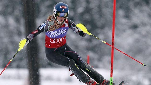 Slalom v Bormiu vyhrála osmnáctiletá Američanka Shiffrinová.