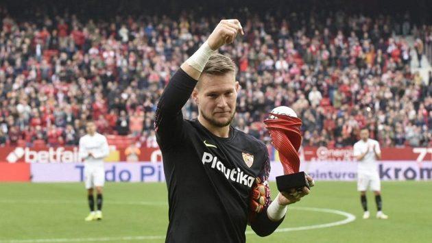 Tomáš Vaclík převzal cenu pro nejlepšího hráče španělské ligy za listopad.