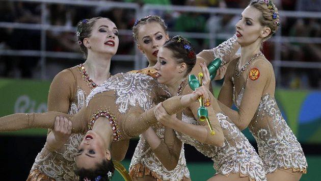 Ruské moderní gymnastky mají na OH páté zlato z družstev v řadě.