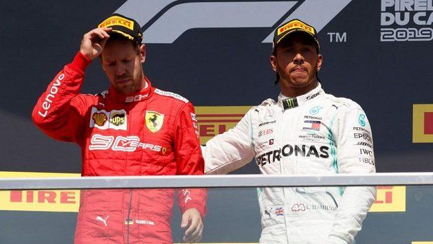 Sebastian Vettel a Lewis Hamilton.