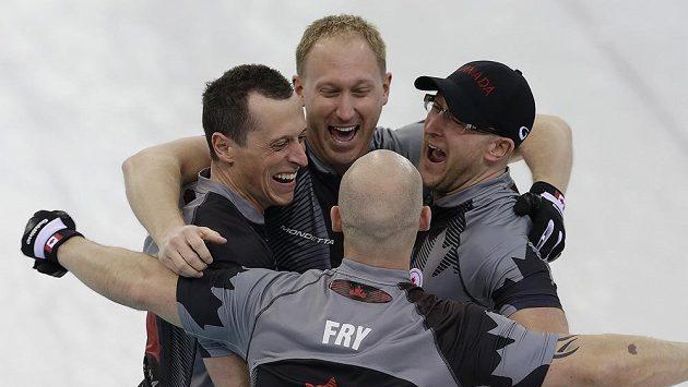 Kanadští curleři se radují z vítězství v olympijském turnaji.