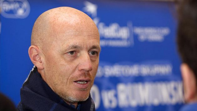 Nehrající fedcupový kapitán Petr Pála v Ostravě.
