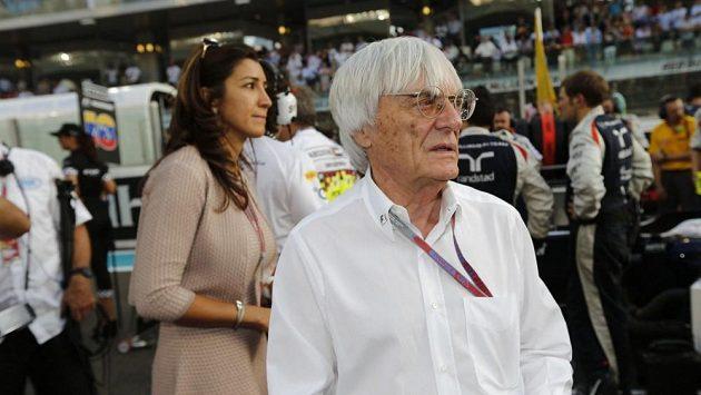 Brian Eccleston se na týmy F1 pořádně naštval.