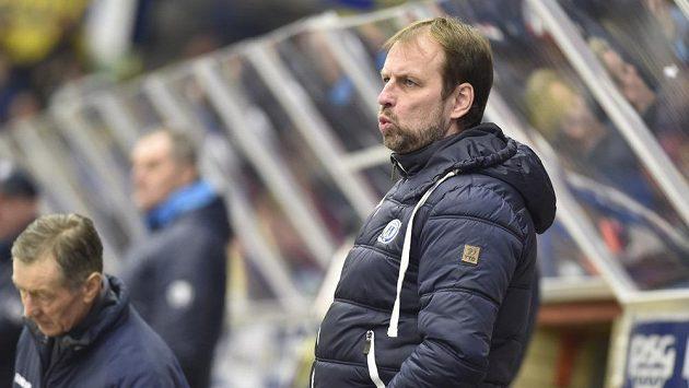 Trenér Rostislav Vlach bude ve Zlíně pokračovat i v příští sezóně.
