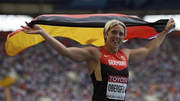 Němka Christina Obergföllová se raduje, v Moskvě vybojovala titul mistryně světa.