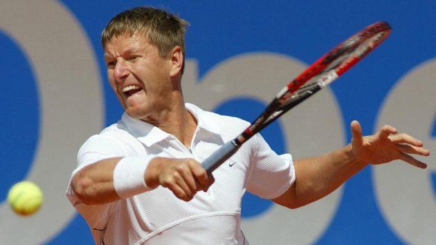Rus Jevgenij Kafelnikov při turnaji v Mnichově v roce 2003
