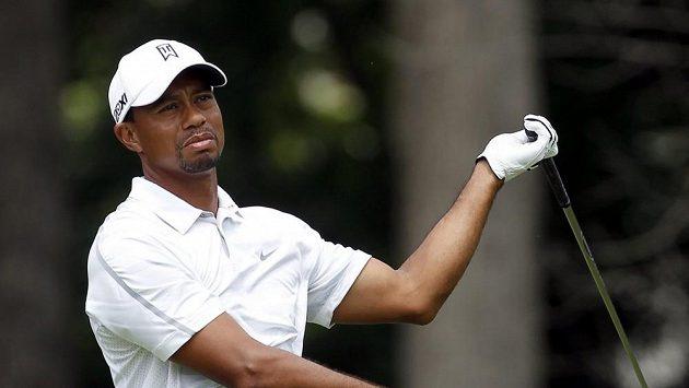 Tiger Woods na hřišti v Ohiu.
