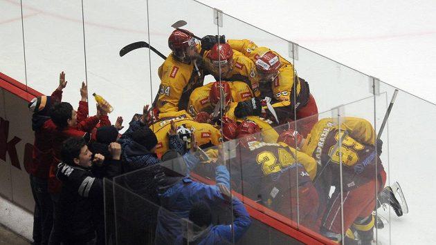 Jihlavští hokejisté si v sérii s Kladnem užívají dost radosti.