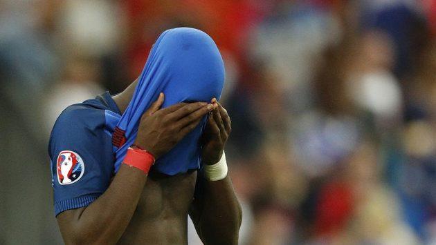 Francouz Paul Pogba by na Stade de France raději nebyl...