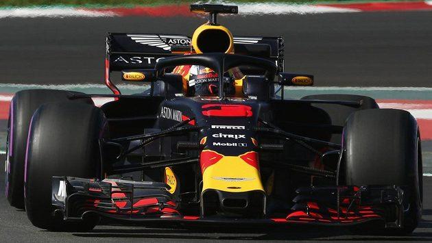 Daniel Ricciardo během předsezónních testů v Barceloně.