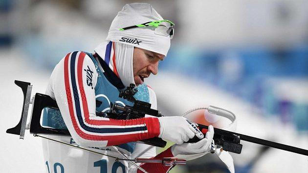 Emil Hegle Svendsen z NOrska při sprintu.