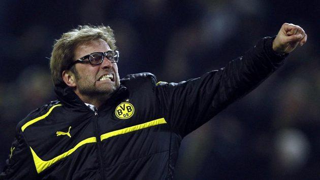 Trenér semifinalistů fotbalové Ligy mistrů Borussie Dortmund Jürgen Klopp se rozlítil.