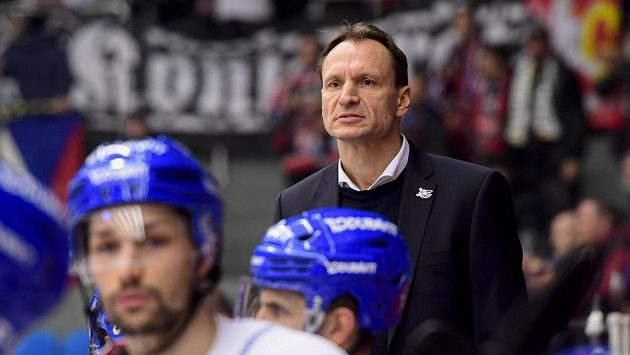 Trenér hokejového Mannheimu Pavel Gross.