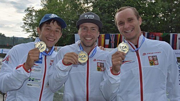 Medailová radost tria (zleva) Jiří Prskavec, Ondřej Tunka, Vít Přindiš.