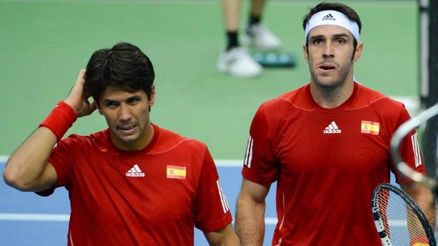 Fernando Verdasco (vlevo) a David Marrero.