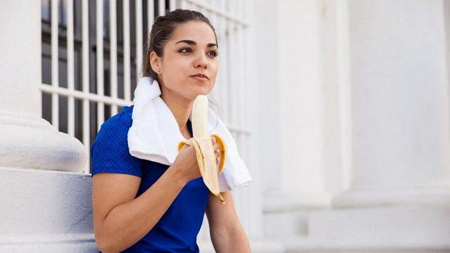 Banány už do běžeckého jídelníčku neodmyslitelně patří.