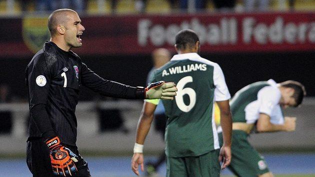 Fotbalisté Walesu museli předzápasový trénink zvládnout bez trenéra. Utkání s Makedonií posléze prohráli.