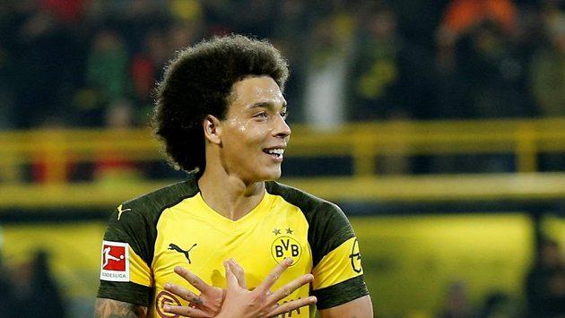 Dortmundský Axel Witsel se radoval předčasně. Borussia sice vedla už 3:0, ale nakonec s Hoffenheimem jen remizovala.