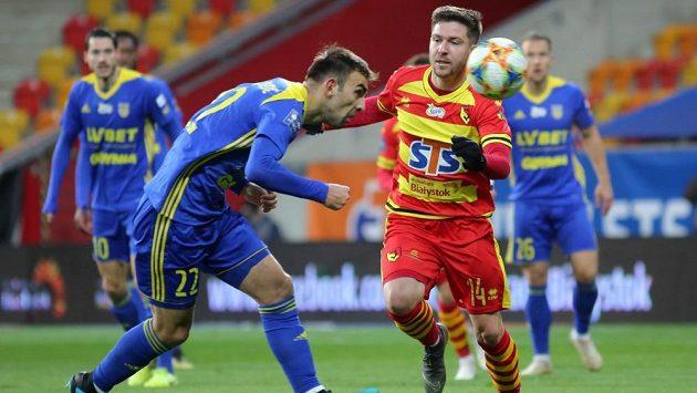 Tomáš Přikryl (vpravo) v dresu Jagiellonie.
