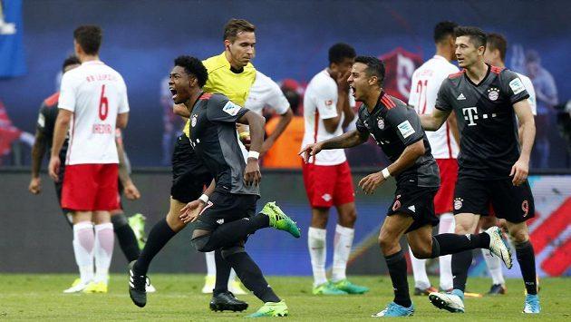 Bayern Mnichov prohrával na hřišti RB Lipsko 2:4, ale nakonec souboj dvou nejlepších týmů bundesligy vyhrál 5:4.