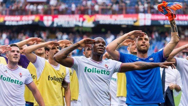 Fotbalisté Fiorentiny poslali pozdrav do nebe svému zesnulému kapitánovi Astorimu.