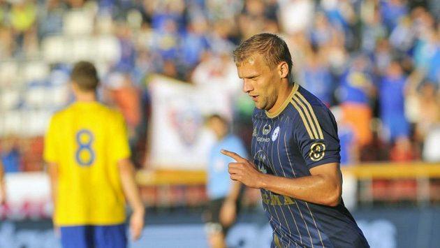 Adam Varadi vstřelil první gól, ale pak dostal červenou. Podle Olomouce nespravedlivě.