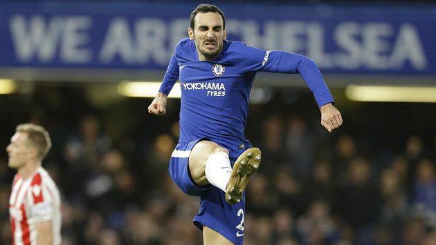 Fotbalista Chelsea Davide Zappacosta slaví gól proti Stoke.