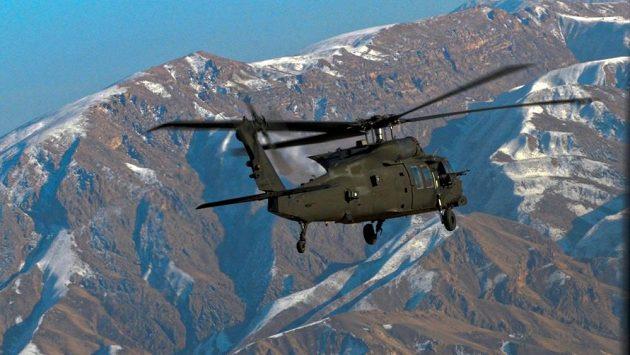 Vrtulníky Sikorsky UH-60 Black Hawk se účastnily mnoha válečných konfliktů, používají se v boji i k záchranným operacím.