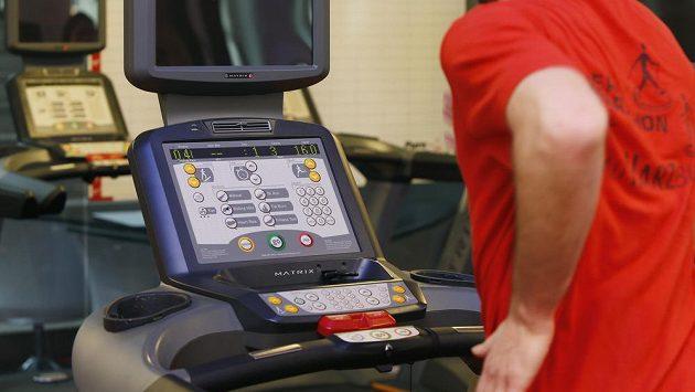 Běžecká příprava se může odvíjet i na běžeckém pásu (Jatomi Fitness)