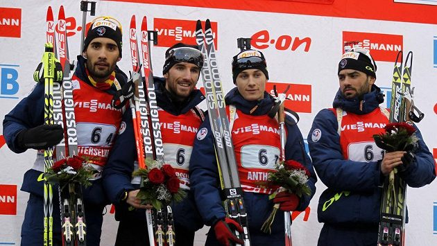 Mezi muži byli v Anterselvě nejlepší francouzští biatlonisté - zleva Martin Fourcade, Jean Guillaume Beatrix, Alexis Boeuf a Simon Fourcade.