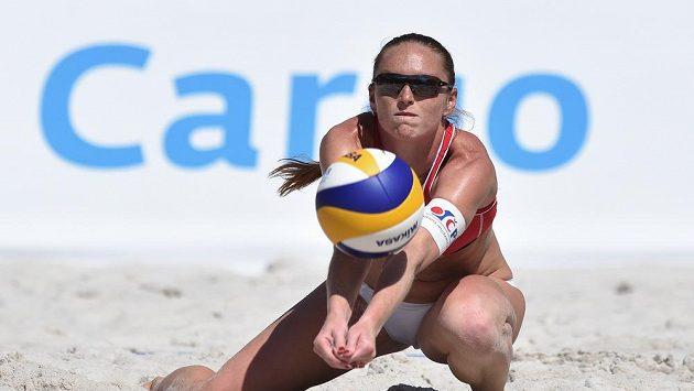 Kristýna Kolocová během semifinále turnaje v Praze.