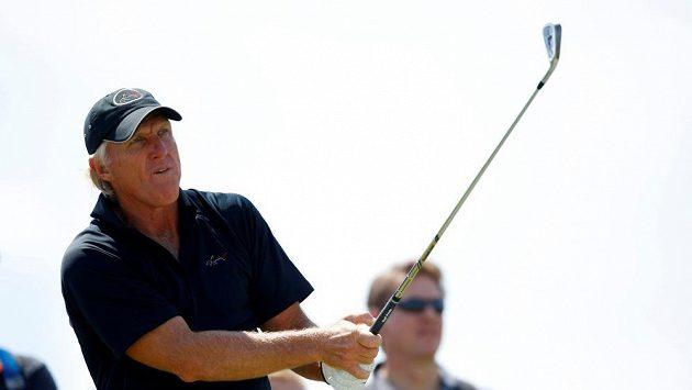 Australský golfista Greg Norman musel být kvůli Covidu-19 hospitalizován.