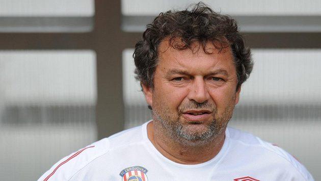 Trenér Ludevít Grmela povede ve FNL Vítkovice.