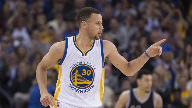 Basketbalista Golden State Warriors Stephen Curry (30).