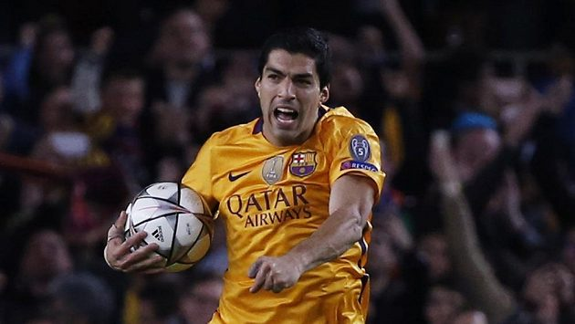 Luis Suárez z Barcelony jásá po prvním gólu proti Atléticu.