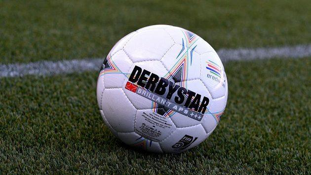 Fotbalový balón. Ilustrační foto.