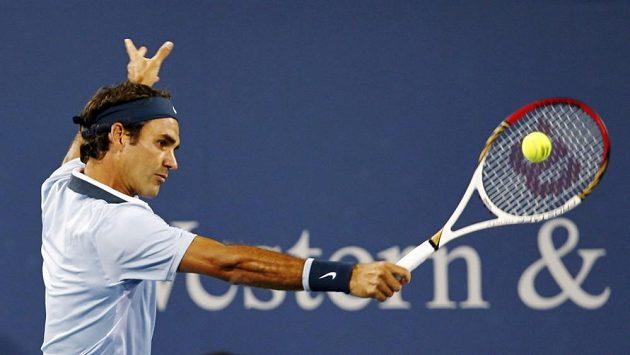 Roger Federer se v Cincinnati představil se starou raketou, s níž sbíral trofeje.