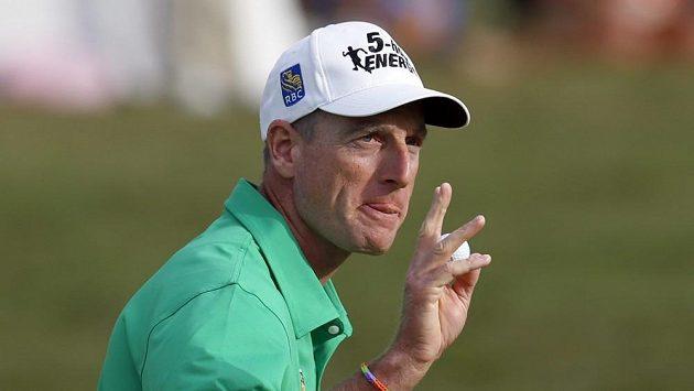 Americký golfista Jim Furyk.