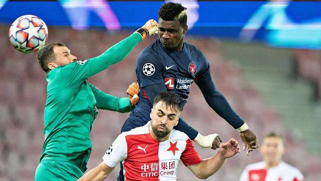 Sory Kaba střílí první gól Midtjyllandu proti Slavii.