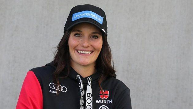 Christina Ackermannová.