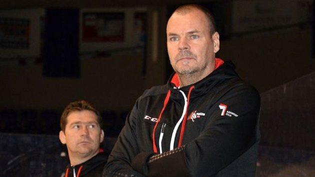 Trenér hokejistů Pardubic Richard Král