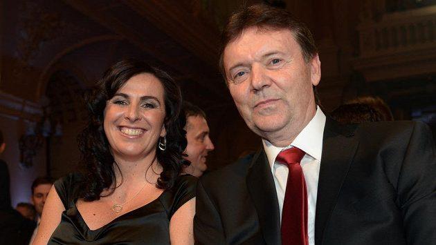 Roman Berbr a Dagmar Damková, manželé, kvůli nimž se fotbalová Morava na valné hromadě vzepřela.