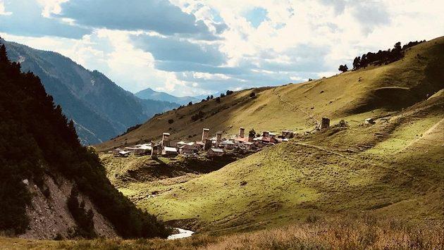 Trail running na Kavkaze  Vzhůru do běžeckého nebe! c08f002a5f9