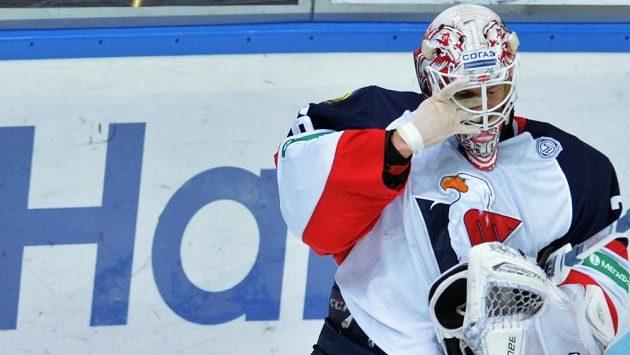 Švédský gólman bratislavského Slovanu Johan Backlund.
