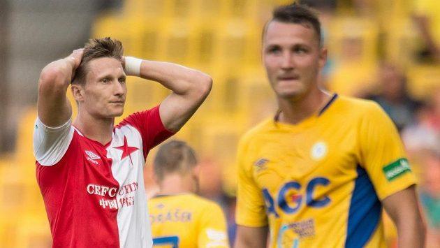 Útočník Slavie Milan Škoda po neproměněné šanci v Teplicích.