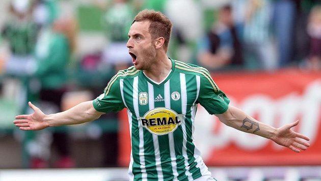 Matúš Mikuš z Bohemians se raduje z gólu proti Teplicím.