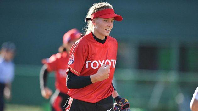 Nejlepší česká softbalistka Veronika Pecková si zahrála zápas profesionální japonské ligy.