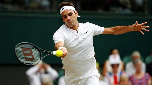 Roger Federer ve druhém kole Wimbledonu.